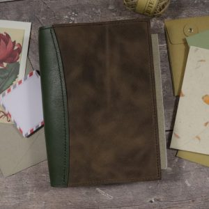 A5 Deluxe – Moss & Antique Brown Leather Cover