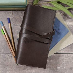 Slim Classic – Tie Closure in Dark Mocha Leather Cover