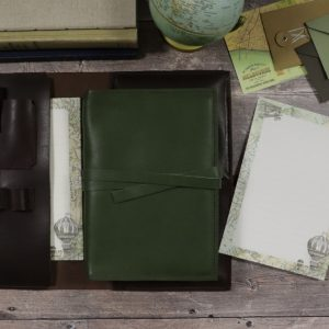 A5 Classic – Tie Closure in Moss Leather