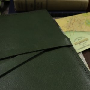 A6 Classic – Tie Closure in Moss Leather Cover