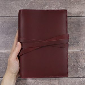 A5 Classic – Tie Closure in Mahogany Leather