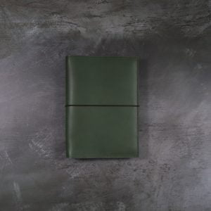 Pocket Classic – Elastic Closure in Forest Green Leather Cover