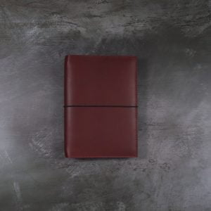 Pocket Classic – Elastic Closure in Mahogany Leather Cover