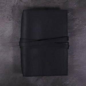 A5 Classic – Tie Closure in Black Leather
